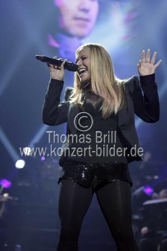 Amerikanische Soul-Sängerin Anastacia Newkirk gastiert bei der Night of the Proms 2012 in der Lanxess-Arena Köln (© Thomas Brill)