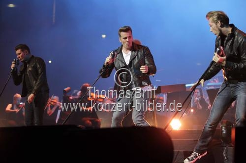 Deutsche Rock 'n' Roll-Band The Baseballs gastierten bei der Night of the Proms 2013 in der Lanxess-Arena Köln (© Thomas Brill)