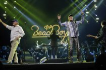 Amerikanische Rock-Band The Beach Boys gastiert bei der Night of the Proms 2015 in der Lanxess-Arena Köln (© Thomas Brill)