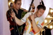 Deutsche Rockabilly-Band Dick Brave and The Backbeats mit Sänger Sasha auf