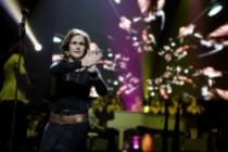 Britische Popsängerin Alison Moyet bei der Night of the Proms 2011 in der Lanxess-Arena Köln (© Thomas Brill)