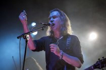 Britische Independent Rock-Band New Model Army gaben ein
